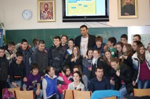 Владе Дивац у посети нашој школи
